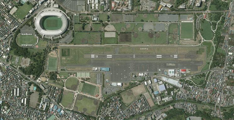 調布飛行場の垂直写真